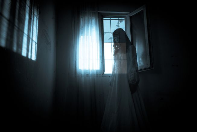 If You Spot Any of These 7 Signs Your House Might be Invaded by Ghostly Beings